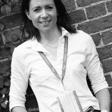 Dr Rebecca Foljambe